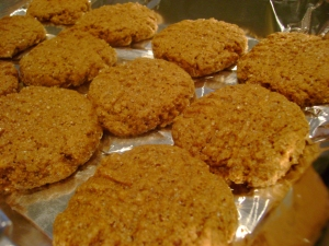 Recipe: Vegan Pumpkin Molasses Cookies