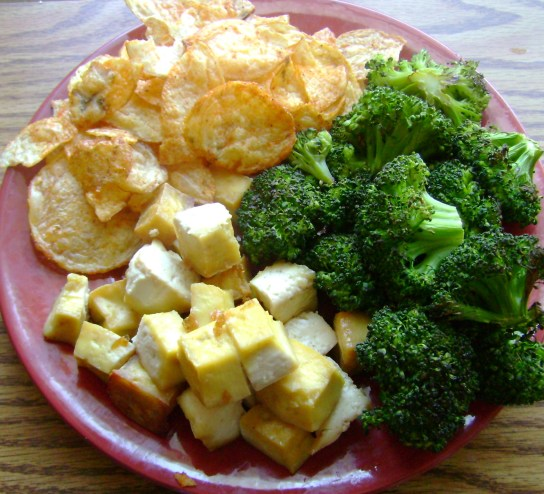 Maple Tofu, Roasted Broccoli, Hickory Honey BBQ Chips