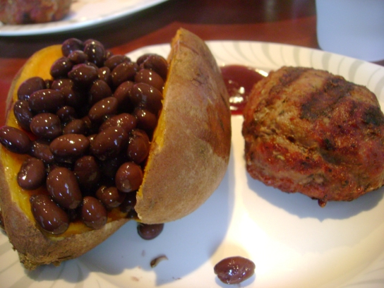 Sweet Potato With Black Beans, Herbed Turkey Burger