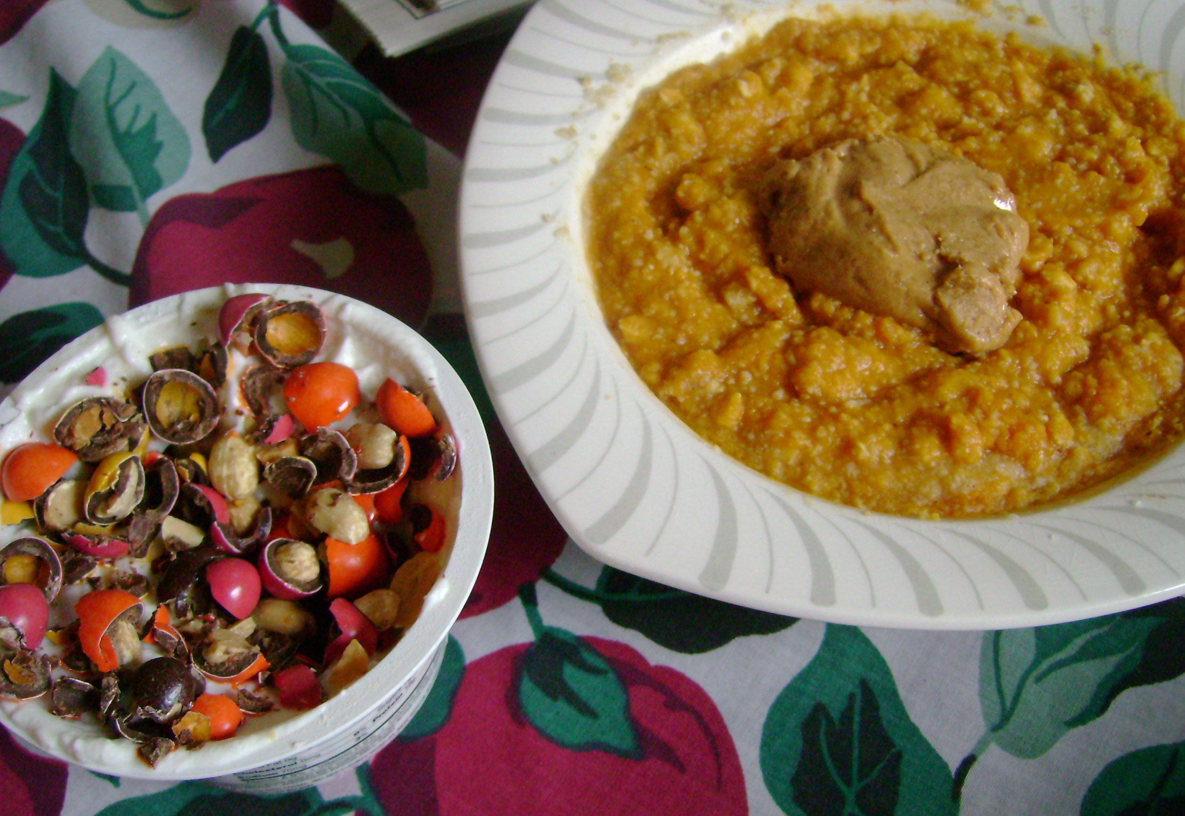 Pumpkin Oatmeal With Butter Toffee PB, Vanilla Cake Chobani With Milk Choc Peanuts