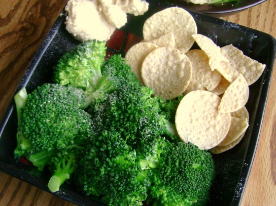 Steamed Broccoli With Garlic, Hummus Chips With Hummus