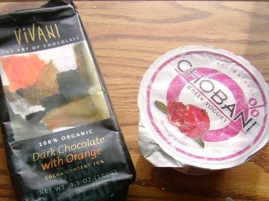 Vivani Dark Chocolate With Orange And Pomegranate Chobani