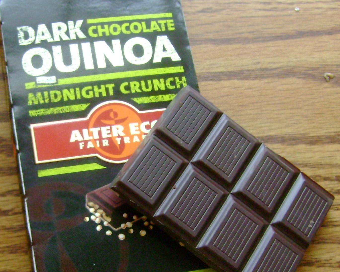 Alter-Eco Dark Chocolate Quinoa Bar