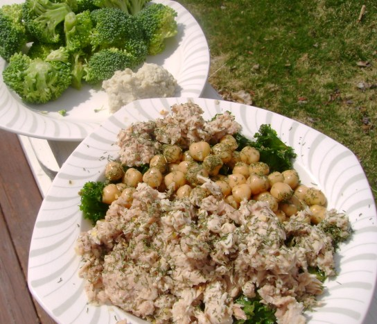 Tuna And Chickpea Dill Salad, Raw Broccoli And Nut Cheese
