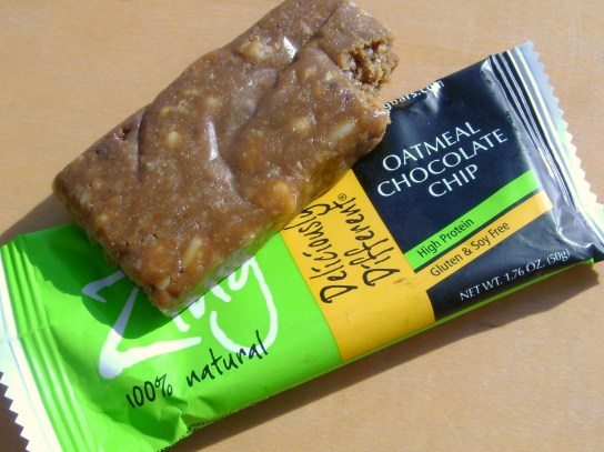 Oatmeal Chocolate Chip Zing Bar