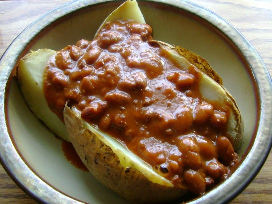 Baked Potato With Spicy Vegan Chili
