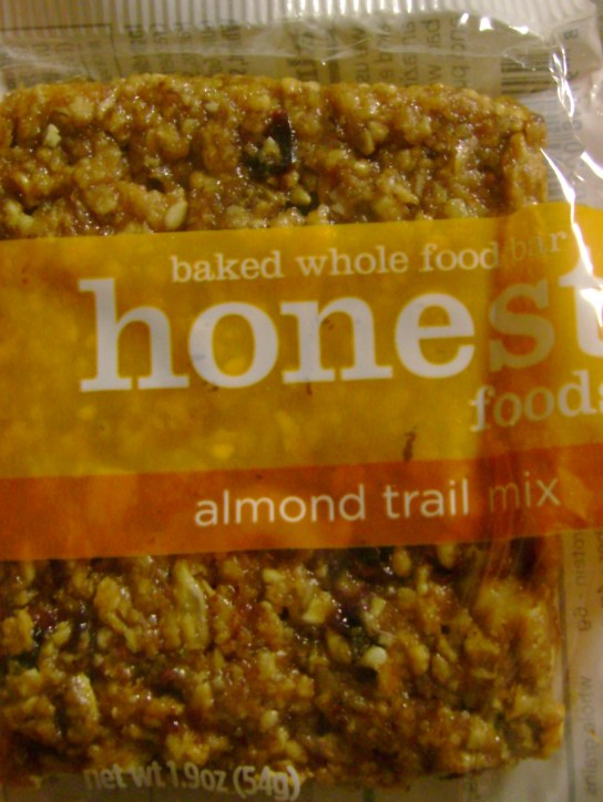 Honest Foods Almond Trail Mix Bar